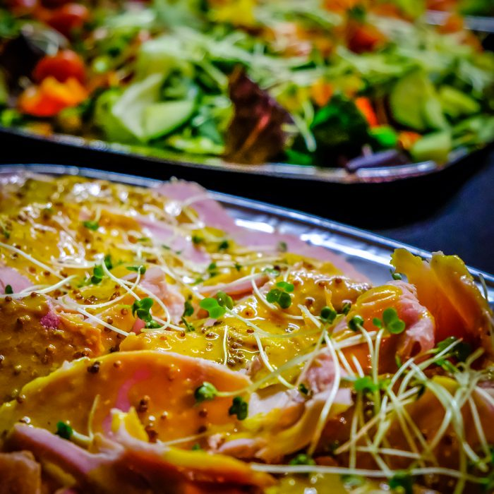 Honey roasted ham & Garden salad
